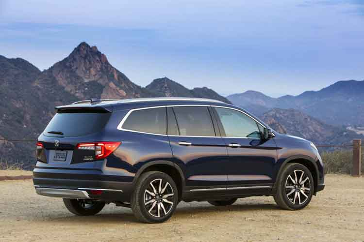 best 3 row luxury SUV